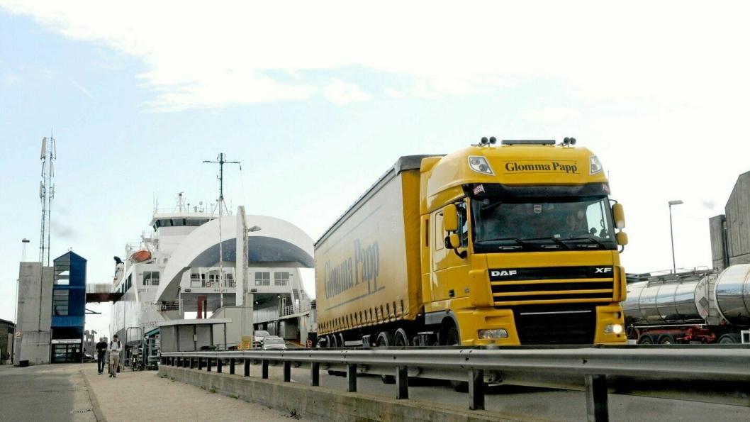 Næringstransporter får en betydelig reduksjon på forskuddsbetalingen for autopass på ferger og bom.