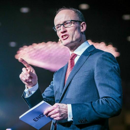 Administrerende direktør Nils Kristian Nakstad i Enova er spent på hvordan 2020 vil utvikle seg med tanke på koronakrisen.