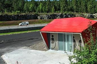 Åpne raste- og hvileplasser langs hovedveinettet