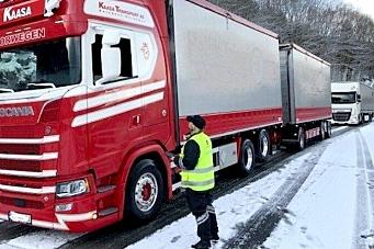 Kjører på med tungbilkontroller