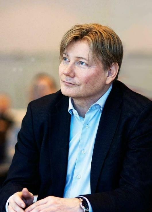 PostNords kommunikasjons- og markedsdirektør Ole A. Hagen forteller om netthandelsboomer om dagen.
