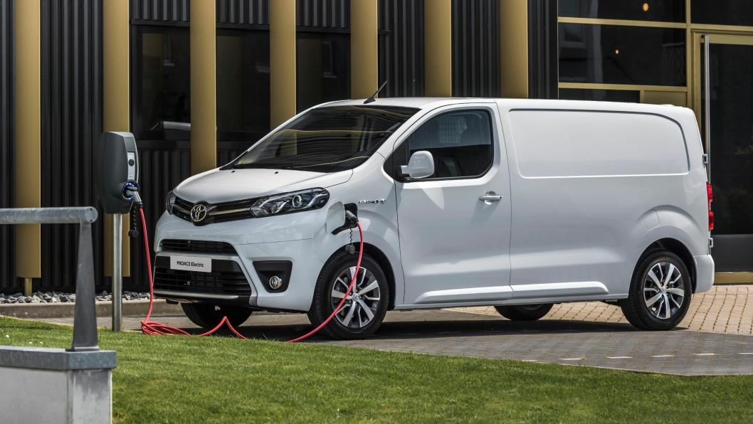 Toyota Proace Electric kommer som en utfordrer i det elektriske varebilmarkedet i Norge i år.