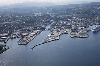 Prøver ny containerrute til Trondheim