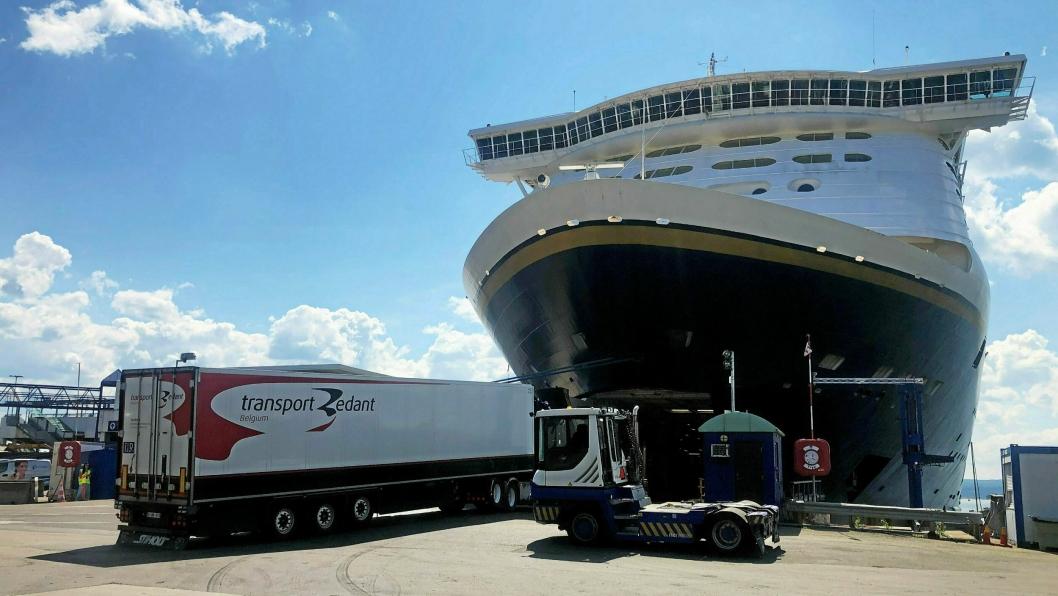 Kiel-fergen Color Fantasy er igjen i drift etter et opphold på over tre måneder.