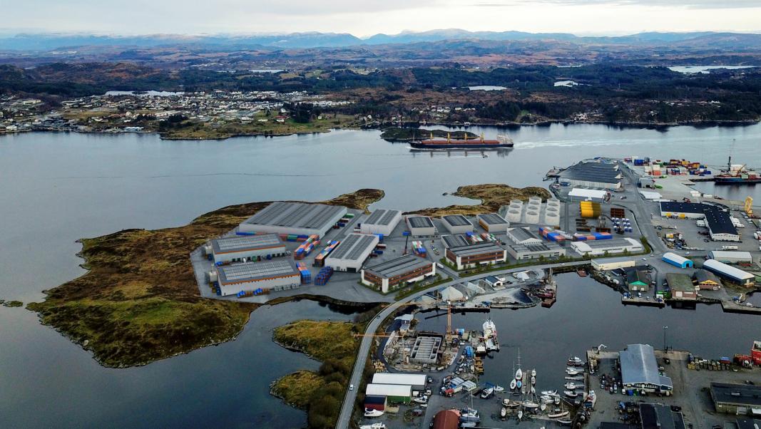 Planer for videre utvidelse av terminalområdet i havna er godkjent, og nå begynner jobben med masseuttak.