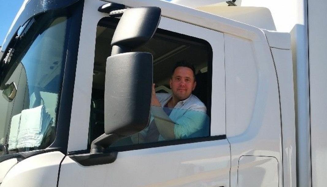 Trond Snesrud, sitter i førersetet i Cargotron som eier og daglig leder.