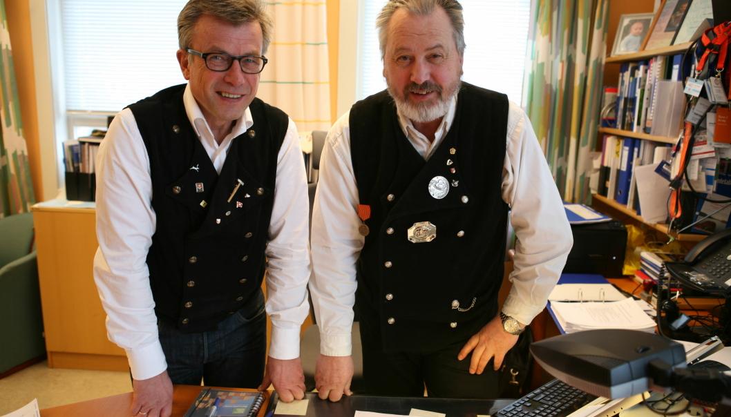 Får Ragnar Krogstad (t.v.) og Rune Arnøy, henholdsvis utviklingssjef og havnedirektør i Narvik Havn, snart lønn for strevet? Foto: Per Dagfinn Wolden