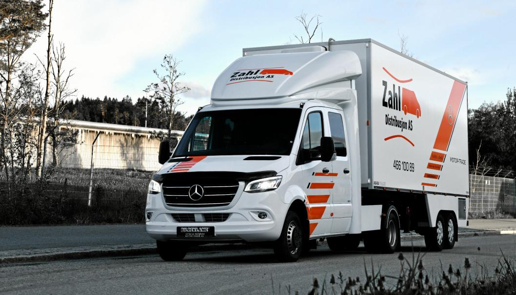Denne kombinasjonen kan kjøres med et BE-førerkort, og nyttelasten er tilsvarende eller bedre enn mange 7,5-tonnere. (Foto: Motor-Trade)