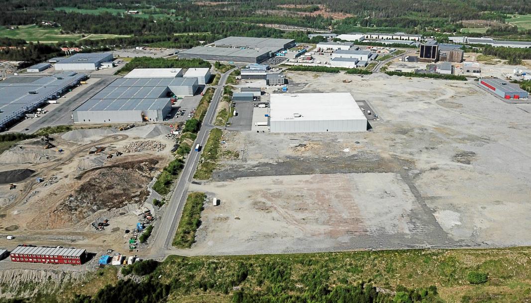 NESTE PROSJEKT: Logicenters har kjøpt tomten nederst på bildet, og planlegger her et lagerbygg på rundt 16.000 m².