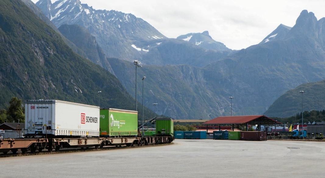 FÅR NYTT LIV: Siden Green Cargo la ned sin linje til Åndalsnes for to år siden, har det vært stille på jernbaneterminalen i Åndalsnes. Fra neste år kommer det igjen daglige godstog hit.