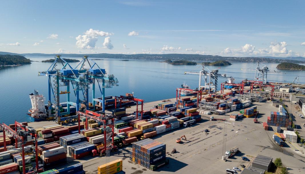Oslo Havn, her ved containerhavna på Sjursøya, samarbeider med Borg Havn, Moss Havn, Drammen Havn, Larvik Havn, Grenland Havn og Kristiansand Havn om prosjektet «Utslippsfri Oslofjord».