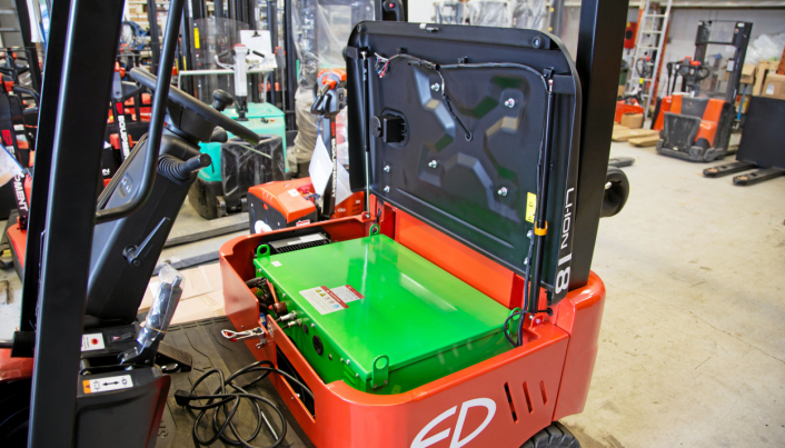 Batteriet på 150 Ah holder til 3,5 timers drift med blandet last.