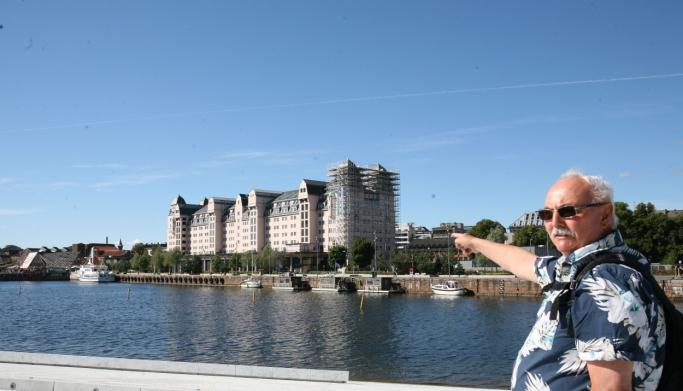 Havnelageret, et steinkast fra Operaen, er en monumental lagerbygning på Langkaia i Oslo havn som gjenspeiler sjøfartens store betydning for Norge. Foto: Per Dagfinn Wolden