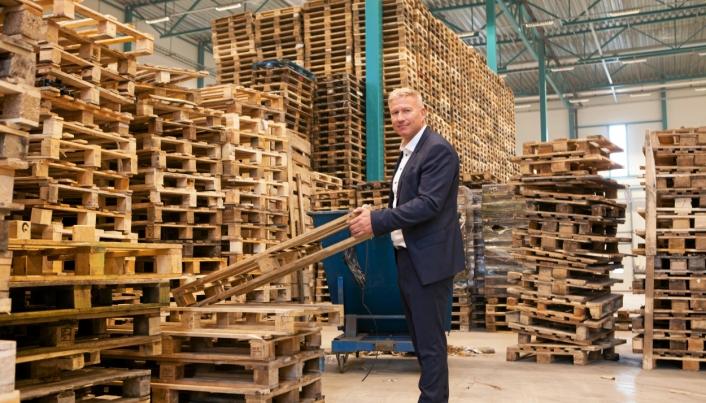 Søren Eriksen fortsetter som administrerende direktør i Smart Retur og beholder 25 prosent eierandel.