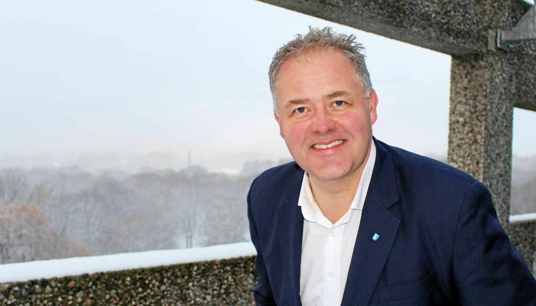 Arnt-Einar Litsheim er fagdirektør i Norske Havner. Han har blant annet vært leder av Politisk avdeling i Finansforbundet (2008-2011), direktør i Norske Havner (2012-2018). Litsheim begynte i stillingen som fagdirektør i samme havneorganisasjon etter at KS- Bedrift Havn og Norske Havner slo seg sammen i 2019. Litsheim er utdannet ved UiB OG UiO.