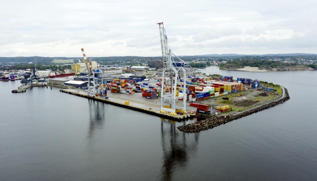 Containertrafikken i Larvik har økt med fem prosent.