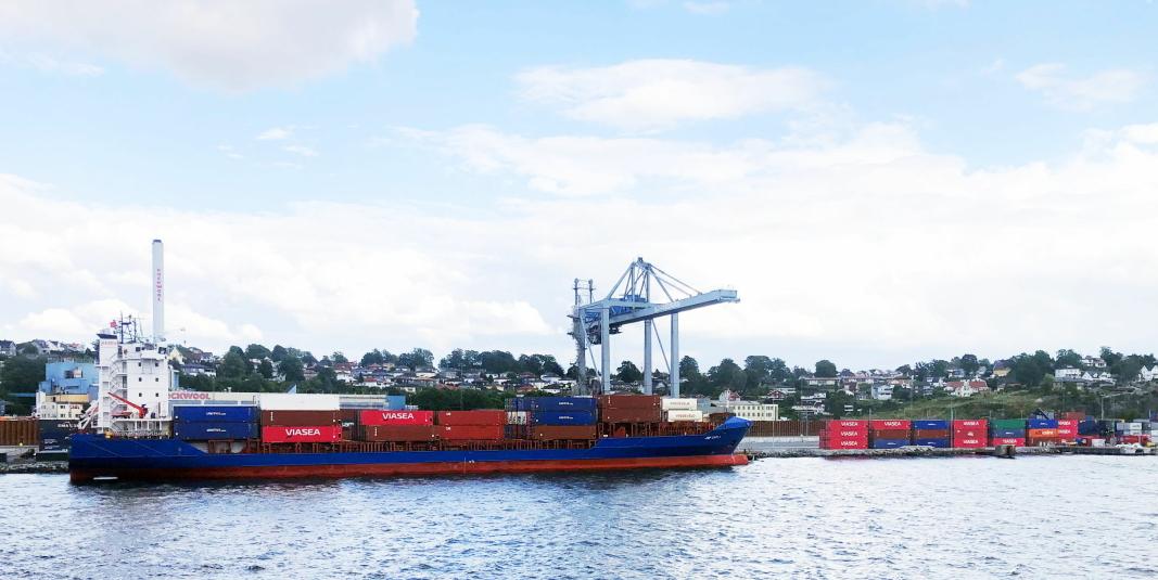 Viaseas «JSP Carla» i Moss Havn. Nå legges også Larvik Havn til Viaseas rutenettverk.