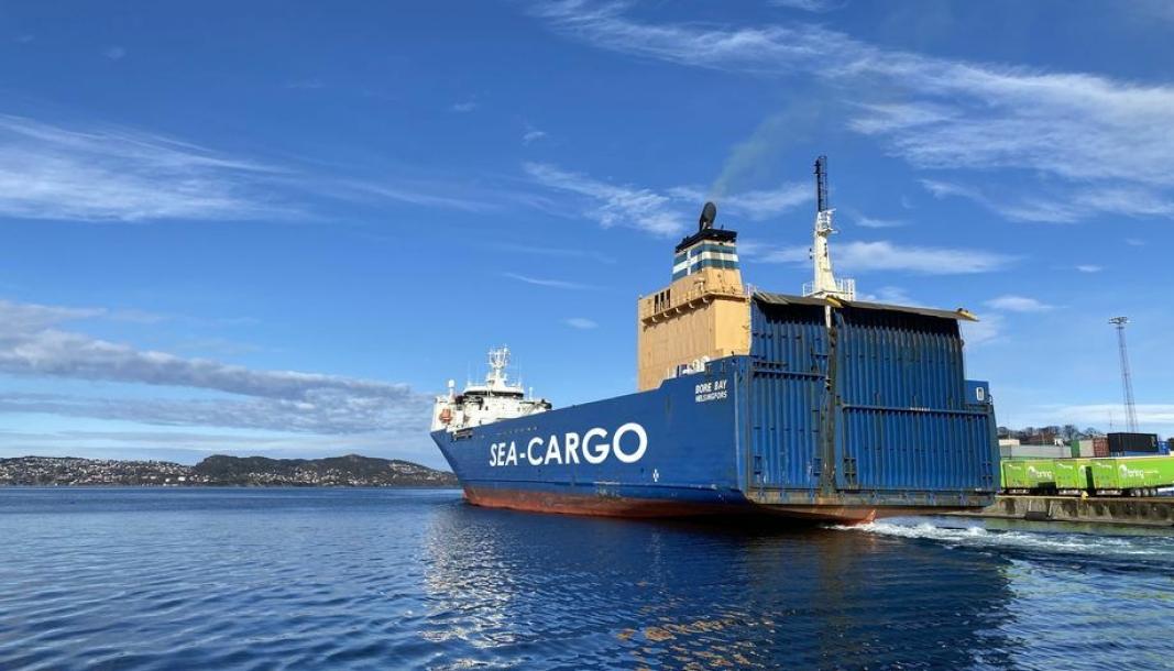 Sea-Cargos «Bore Bay», ligger her i Bergen, en havn som nå blir direkte koblet til Göteborg.