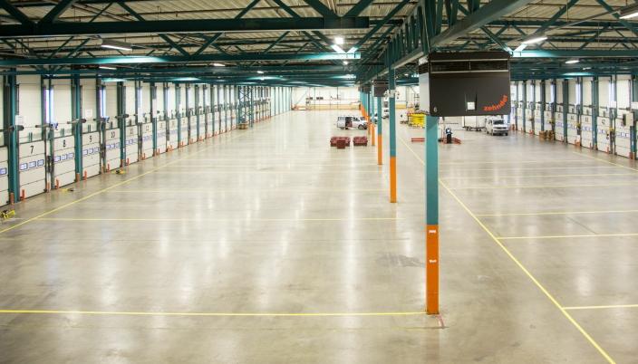 Forrige uke så det slik ut inne i terminalen, men Ramberg-gutta lover at det raskt skal fylles opp her.