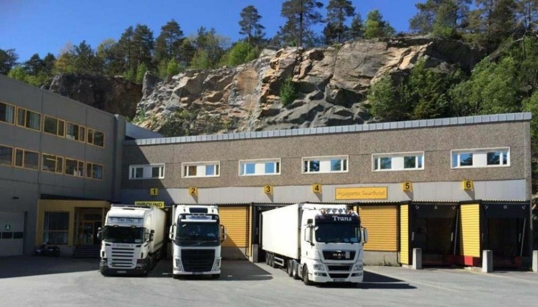 Solgt til Lineage Logistics.