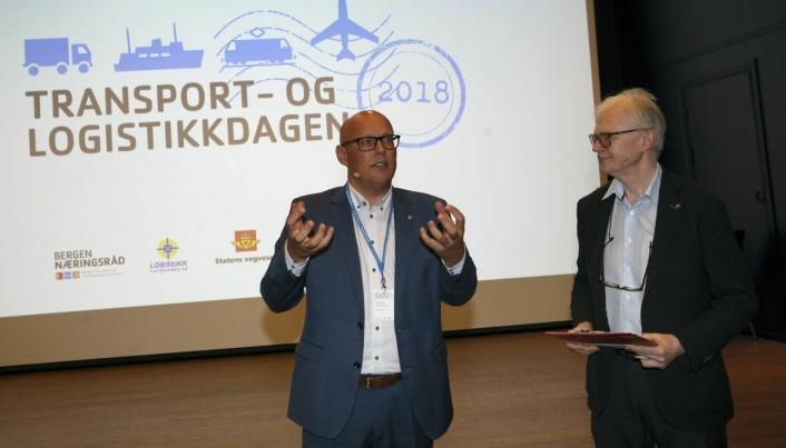 Girtekas Kristian Kaas Mortensen på besøk hos norske logistikere. Foto: Per Dagfinn Wolden