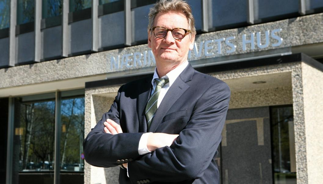 Speditørskolens «rektor», Claus Haals, tilbyr nå muligheten til å bli den komplette logistikkaktør gjennom kompetansetilbudet, «Landbasert spedisjon». Foto: Per Dagfinn Wolden