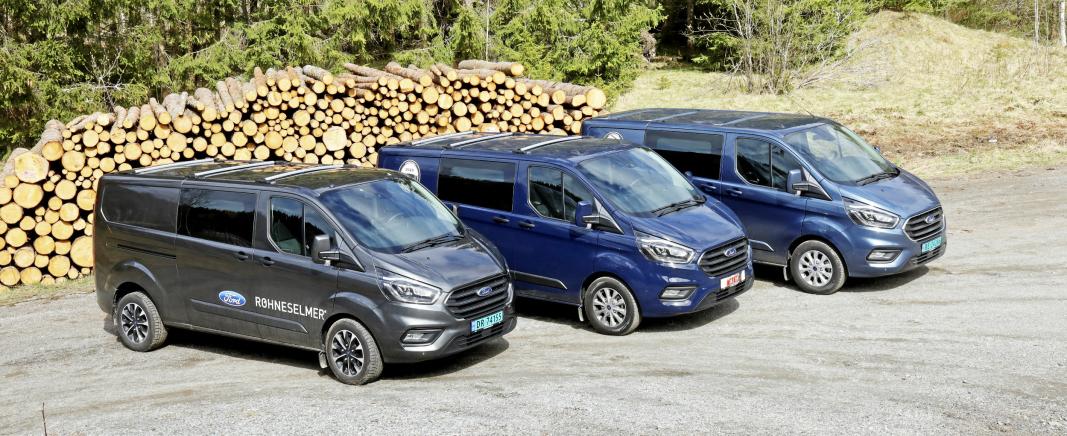 Ford Transit Custom finnes fra før som både «mild» hybrid og ladbar hybrid, og naturligvis dieselversjon. Her fra vår test av de tre variantene i fjor sommer. Nå kommer altså en helelektrisk variant. Foto: Torbjørn Eriksen