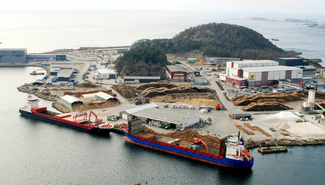 Havner med spennende prosjekter kan få støtte til å bedre effektiviteten. Her Mandal Havn, Gismerøya.