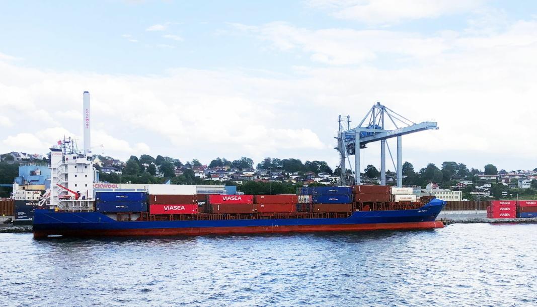 JSP Carla fra Viasea i Moss Havn. Nå kommer en ny rute til England til å komme innom havnen ukentlig.