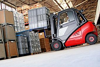 Rekordsterkt salg av trucker