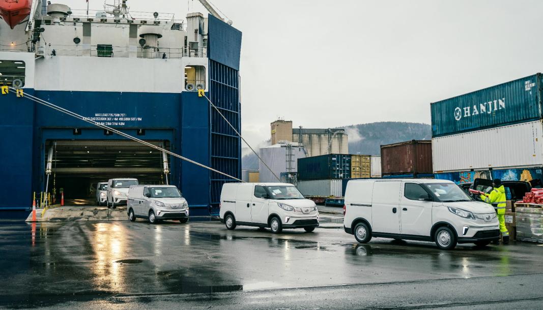 Elektriske varebiler har strømmet inn i Norge. Nylig kom 1000 elektriske Maxus til Drammen havn.