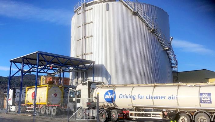 MILJØVENNLIG: Yara er blant annet verdensledende produsent av det miljøvennlige produktet AdBlue®, hvor importen til Norge skjer via Drammen havn.