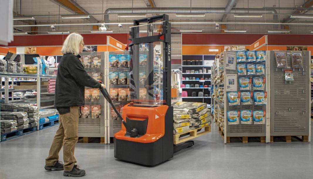 BT Tyro - SHE 100 passer utmerket for butikker og mindre lagre.