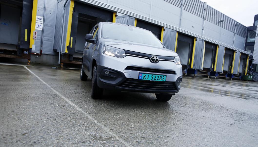 ENDELIG: Det har tatt tid, men nå er endelig også Toyota Proace City på plass med en 4x4-versjon i Norge.