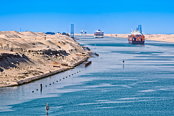 Vil utvide Suezkanalen
