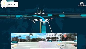 TRAFIKK: Her ser vi en fullstopp situasjon i Miami hvor bilen må lese en kompleks trafikksituasjon med tett trafikk og finne en åpning hvor den trygt kan svinge til venstre.