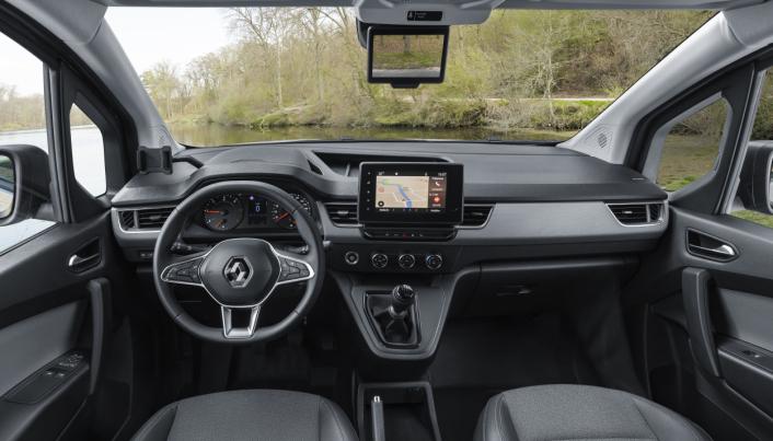 KANGOO: Nye Renault Kangoo får et helt nytt interiør med en lavere siktlinje og horisontalt utseende.