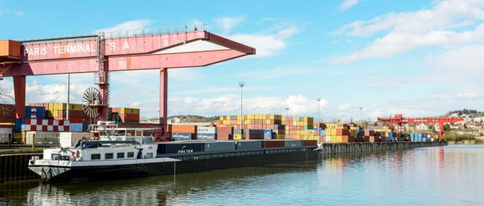 Området Gennevilliers er en logistikkhub nordvest for Paris, og over 250 ulike selskaper er basert i området.