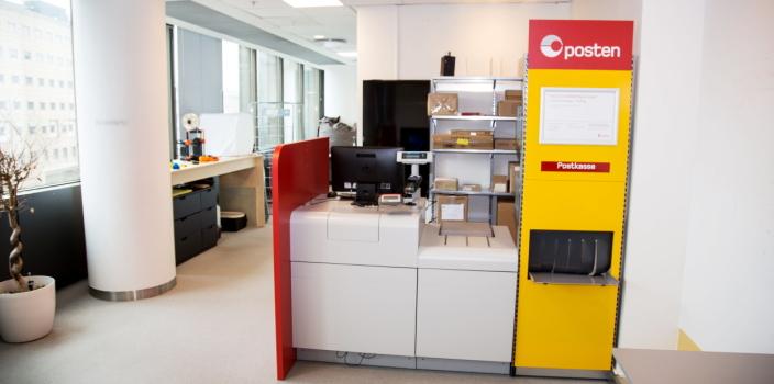 POST I HUB: Inne på Innovasjonshuben finnes et fullt fungerende post-i-butikk-oppsett, der nye løsninger kan testes.