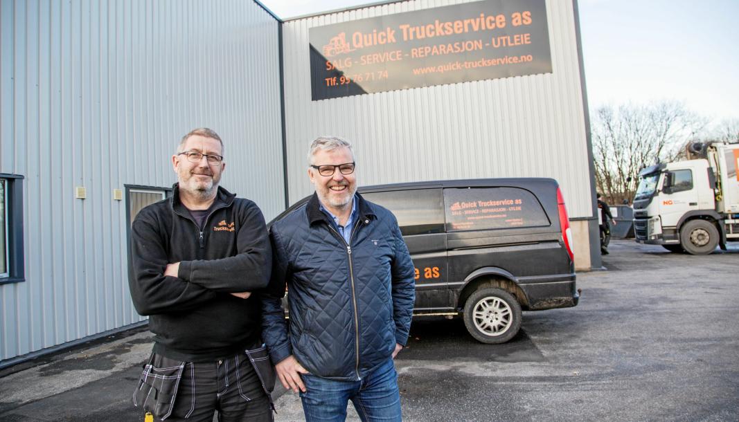 Quick Truckservice har hatt agenturet på trucker fra Hyster i Norge de siste årene, men bytter nå til Yale. Bjørnar Henriksen, daglig leder (til venstre) og Erik Nicolaisen, salgssjef, forteller at truckene fra de to merkene er helt like.