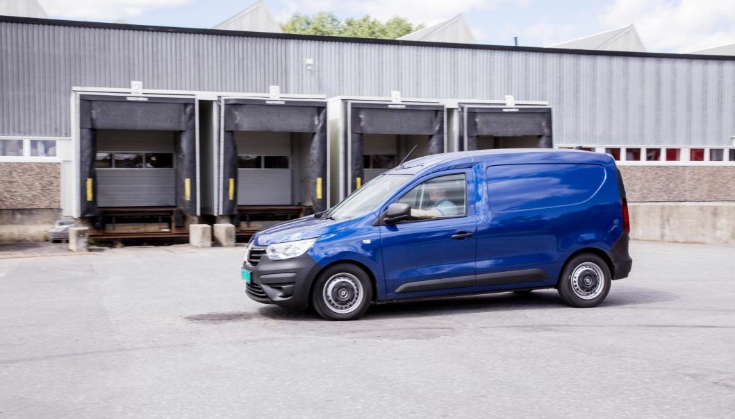 TOPP: Den helt nye varebilen fra Renault slår godt fra seg i første test. Lavt forbruk og god å kjøre.