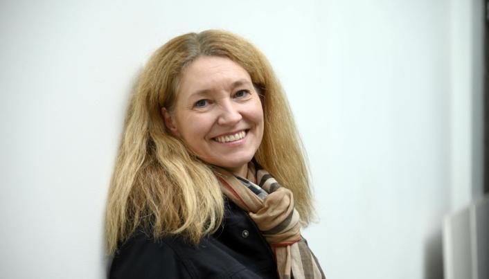 GOD GRUNN TIL Å SMILE: MGF-direktør Tone Lindberg Grøstad kan smile og over svært sterke tall for Gaffeltruckgruppen.