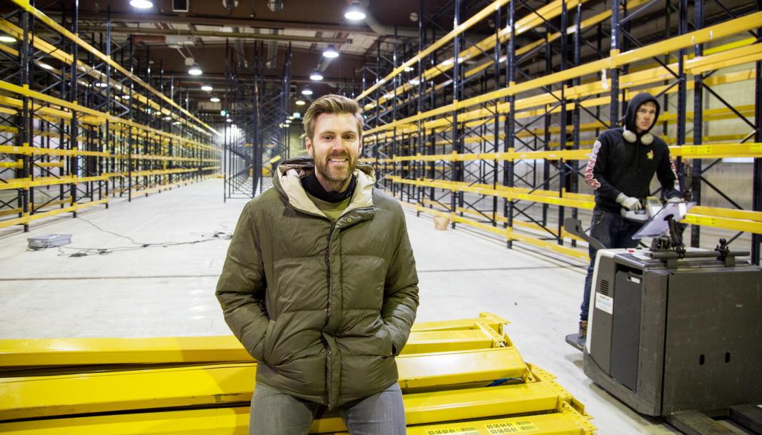 Kim Kåsene leder et hardtsatsende 3PL-selskap, og nå har Lettbutikk kjøpt teknologiselskapet Easy2You for å styrke seg i den videre konkurransen. Her på lageret i Årnes før en stor utvidelse i fjor.