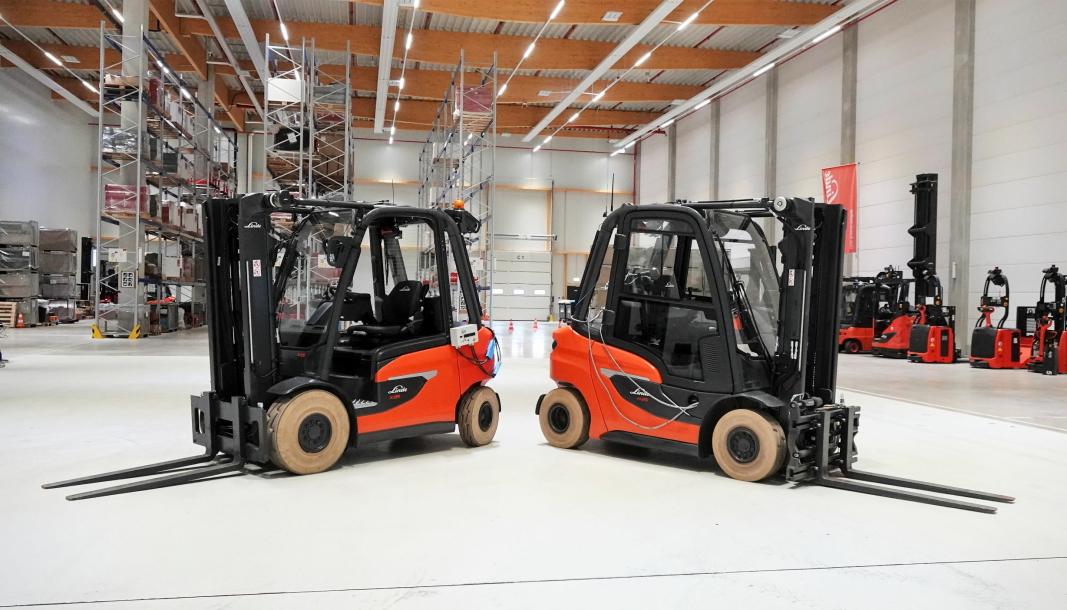 NYE SØSKEN: Elektriske Linde X25 og dieseldrevne H25 har bygget opp av 65 prosent de samme delene.