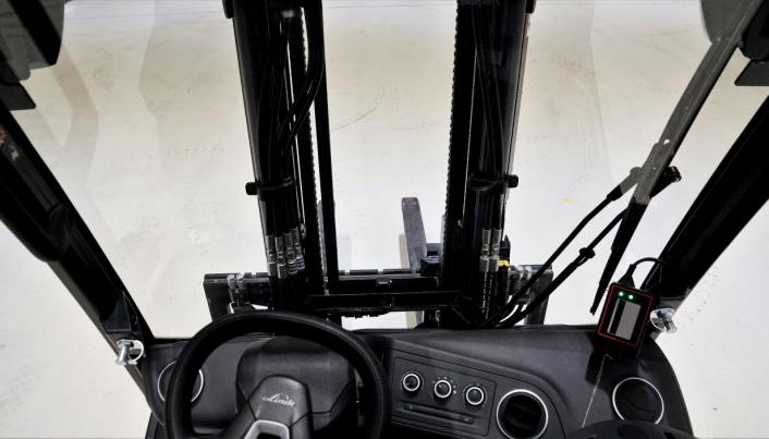 TRYGT: Sikten i begge modeller er blitt svært god. Her fra førerplass i X25.