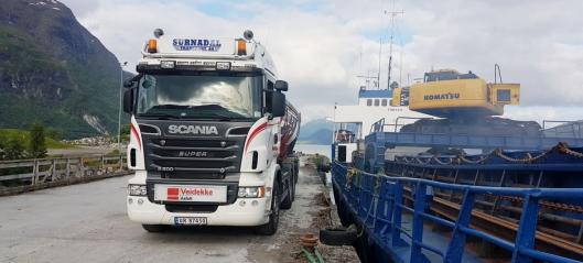 Sømløst og digitalt hos Surnadal Transport