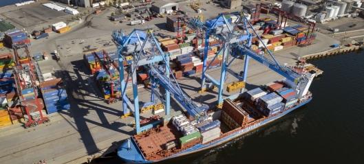 Landstrømanlegg for containerskip skal stå klart i 2023