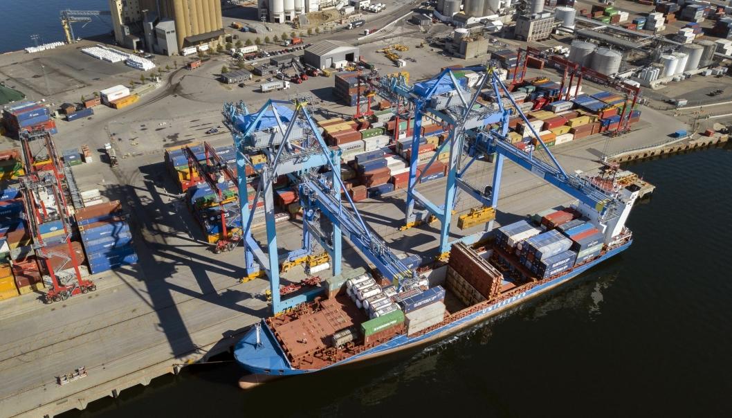 Containerskipene i Oslo vil fra 2023 bli tilbudt landstrøm, om planene til Cowi og Oslo Havn går i boks.
