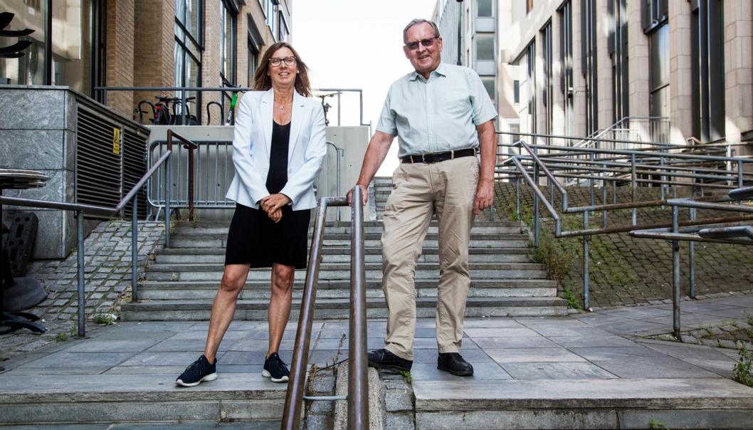VIL SAMLE BRANSJEN: Grete Astad i Tollkonsult skal lede den nye gruppen Internasjonal handelsforenkling i NorStella. Her sammen med daglig leder i Norstella Jon Arve Risan.