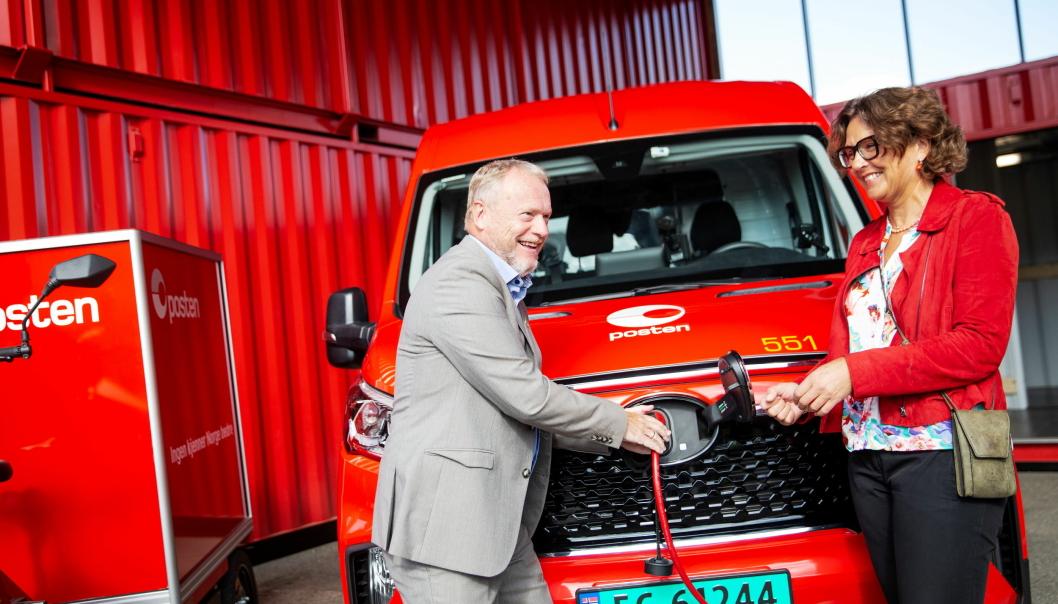 Den offisielle åpningen av Postens Oslo City HUB ble foretatt av Postens konsernsjef Tone Wille og byrdsleder Raymond Johansen.